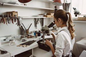 תכשיטים בעיצוב אישי מעצבת תכשיטים  תכשיטי יהלומים  רוני נמדר מעצבת תכשיטי יוקרה איתן נמדר יהלומים