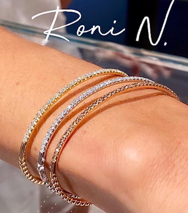 Diamonds Bangle Bracelet -White Gold