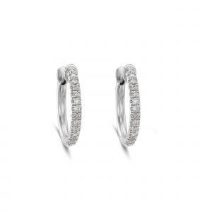 עגילי חישוק יהלומים בזהב לבן רוני נמדר מעצבת תכשיטים מובילה